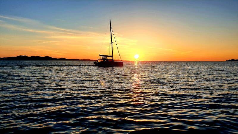 Coucher du soleil dalmatien images libres de droits