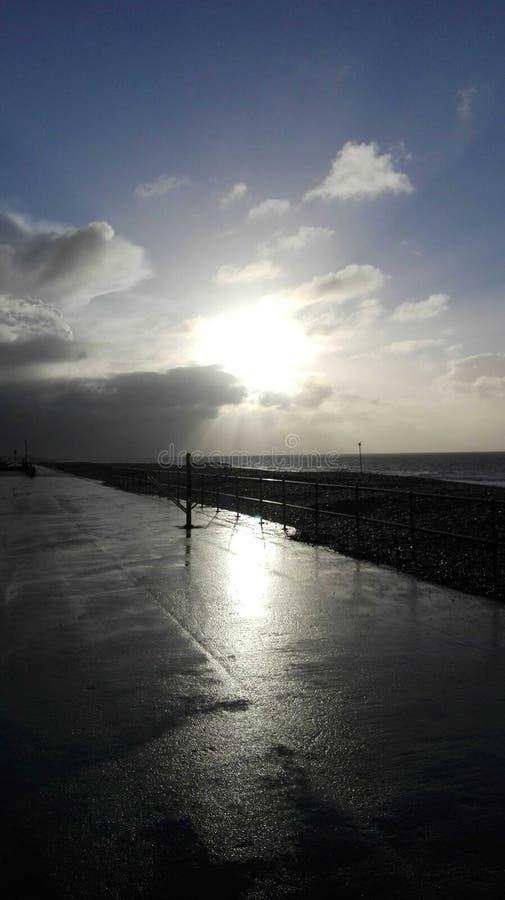 Coucher du soleil dans Bognor REGIS image stock