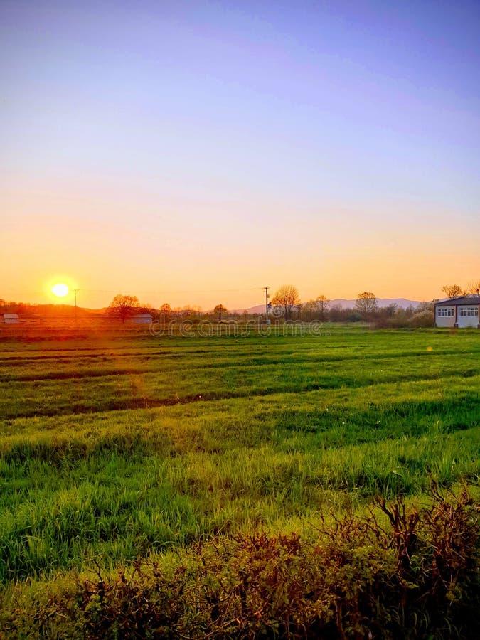 Coucher du soleil dans Boljanic image libre de droits