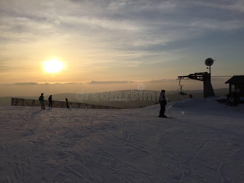 Coucher du soleil dans Destne image libre de droits