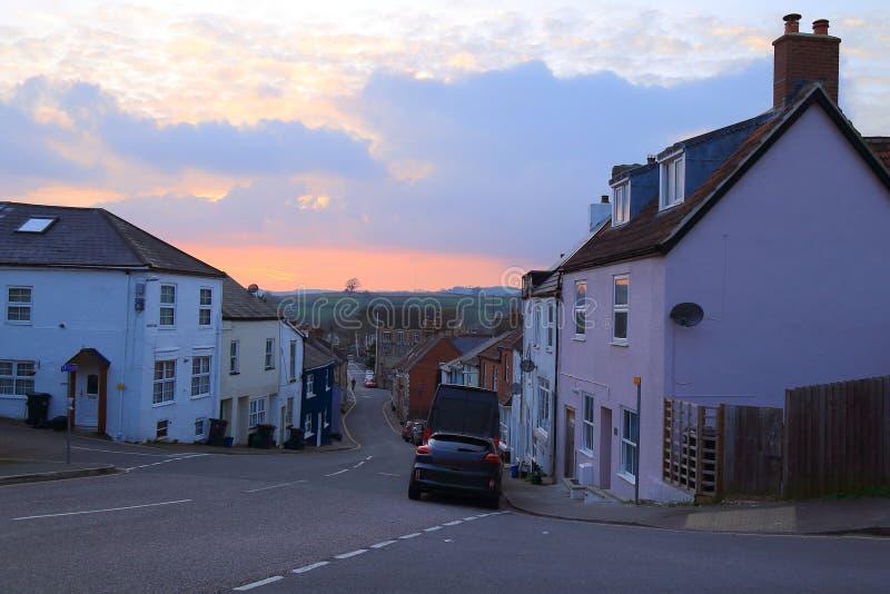 Coucher du soleil dans le bourg d'Axminster photographie stock