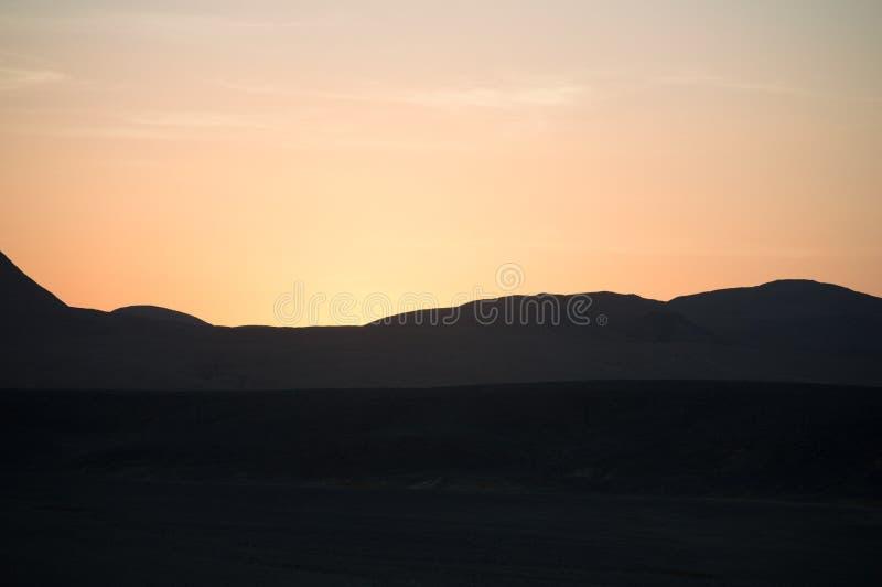 Coucher du soleil dans le désert de Sinai photographie stock libre de droits