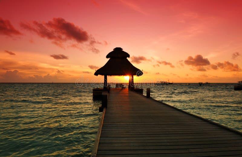 Coucher du soleil dans le paradis photo libre de droits