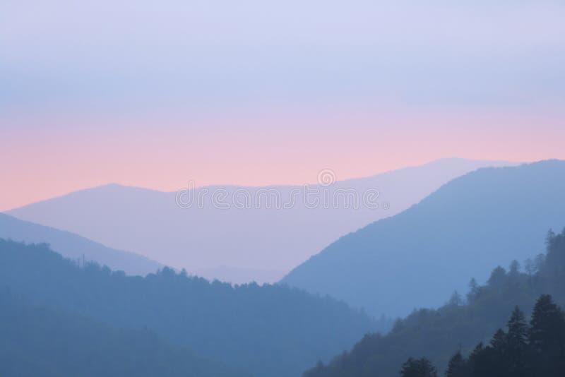 Coucher du soleil dans les montagnes fumeuses parc national, Tennessee, Etats-Unis image stock
