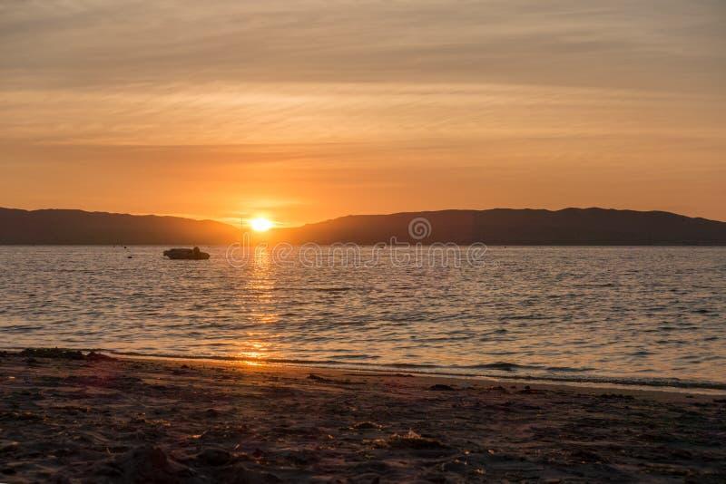 Coucher du soleil dans Parakas, Pérou image stock