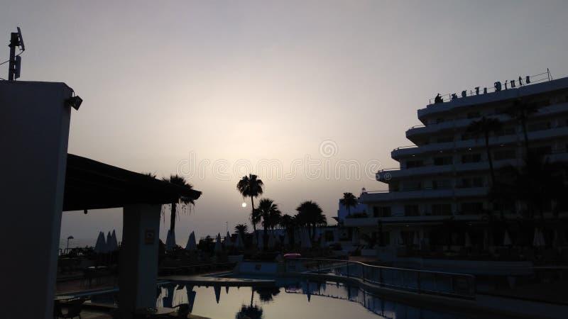 Coucher du soleil dans Tenerife image libre de droits