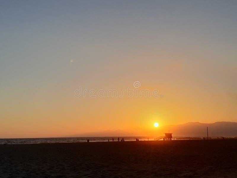 Coucher du soleil dans Venice Beach, Los Angeles, la Californie, Etats-Unis photographie stock libre de droits