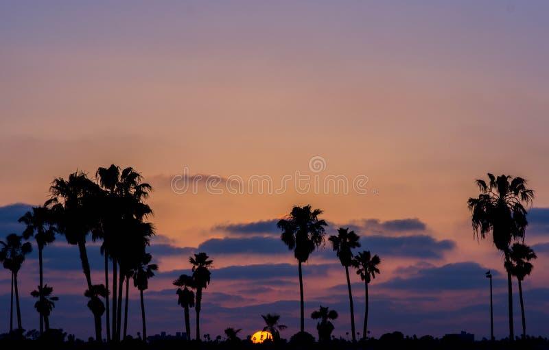 Coucher du soleil de baie de mission photographie stock libre de droits