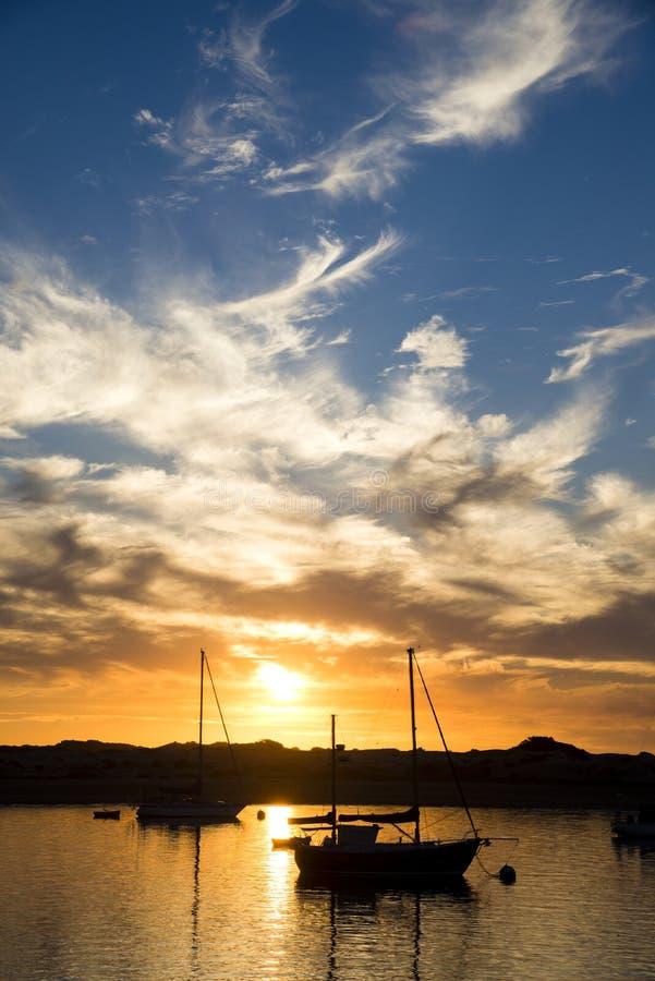 Coucher du soleil de baie de Morro photographie stock libre de droits