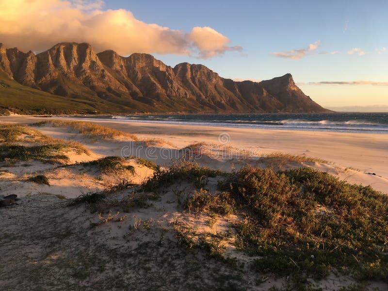 Coucher du soleil de baie de Kogel photo libre de droits