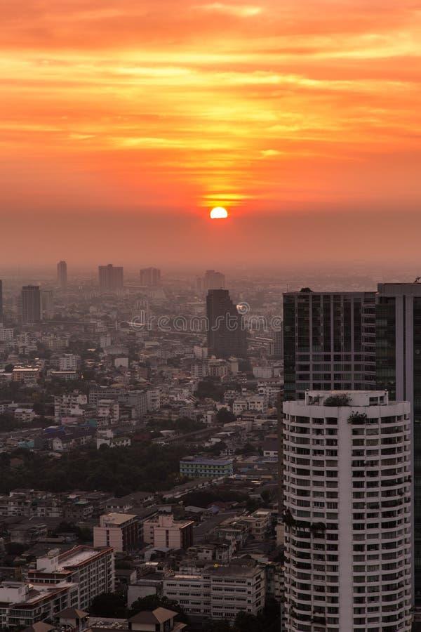 Coucher du soleil de Bangkok photographie stock libre de droits