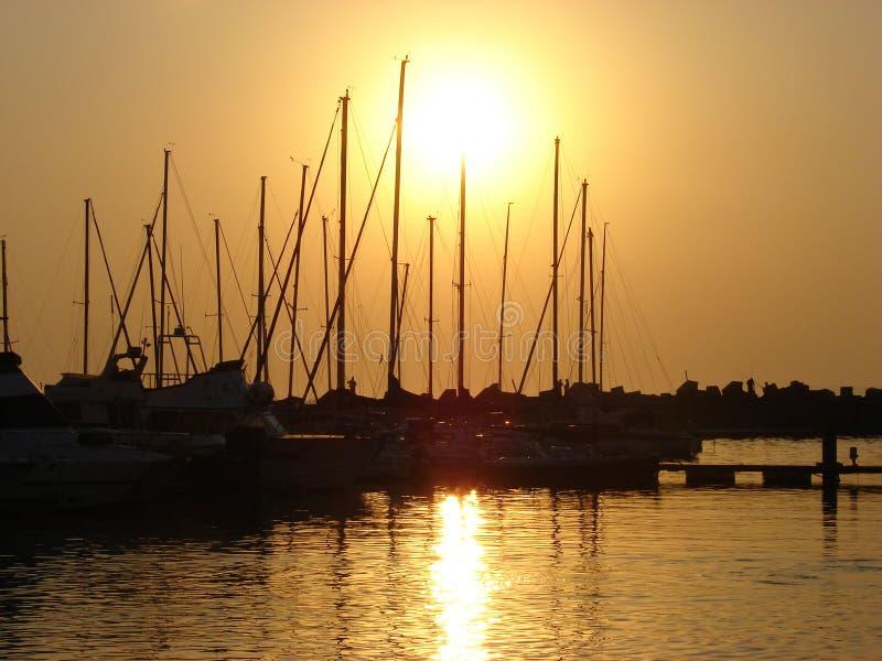 Coucher du soleil de bateau photos libres de droits