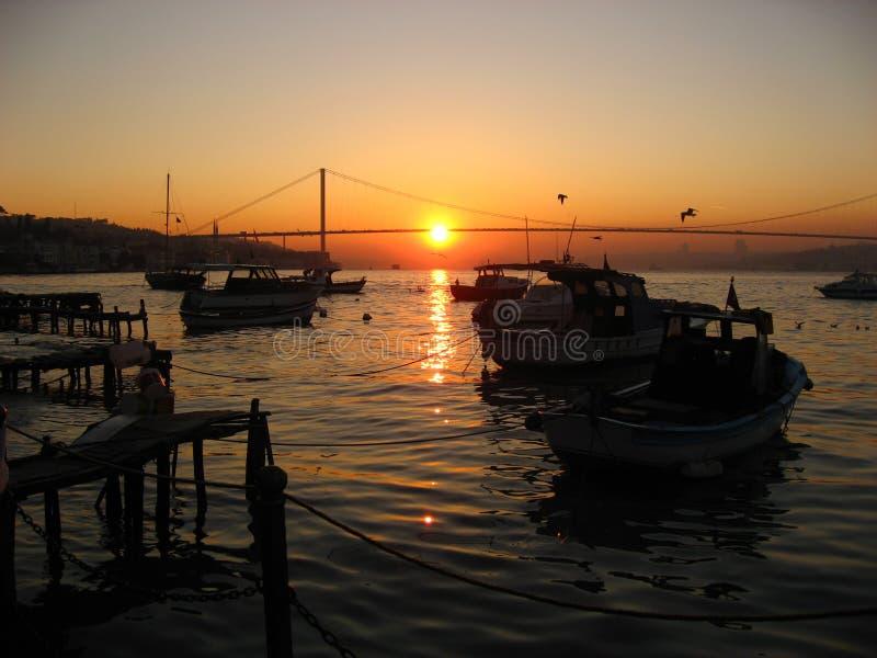 Coucher du soleil de Bosphorus photo stock