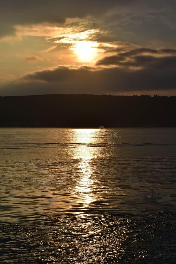 Coucher du soleil 2019 de Bosphorus photo stock