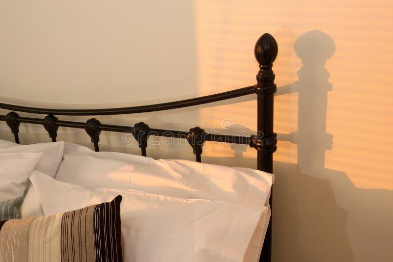 Coucher du soleil de chambre à coucher photo stock