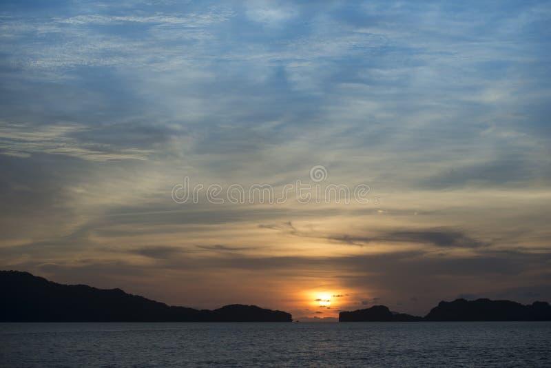 Coucher du soleil de ciel photos stock