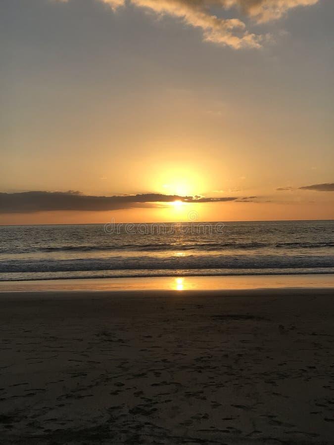 Coucher du soleil de Costa Rica de l'océan pacifique photographie stock libre de droits