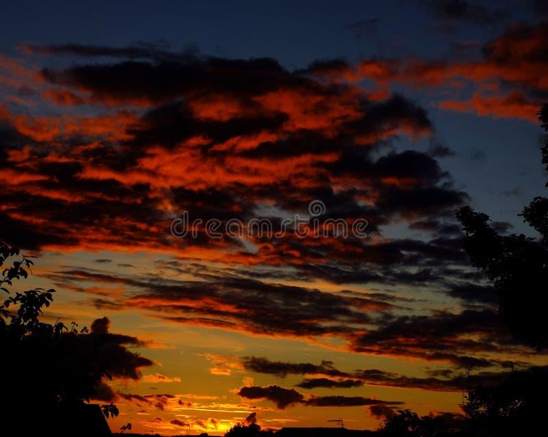 Coucher du soleil de Drmatic photographie stock libre de droits
