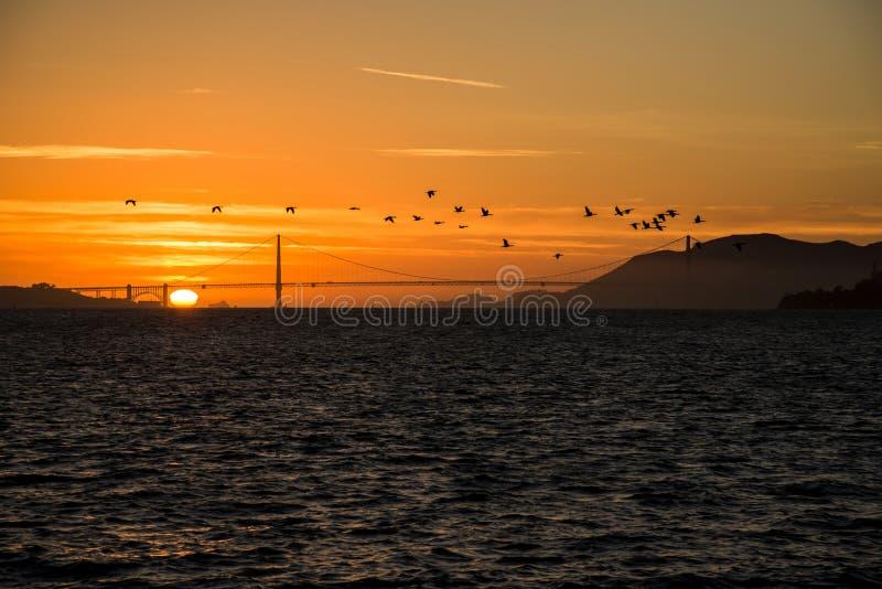 Coucher du soleil de Golden Gate images libres de droits