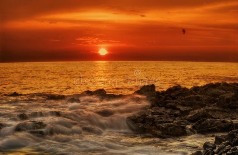 Coucher du soleil de grande île photos libres de droits