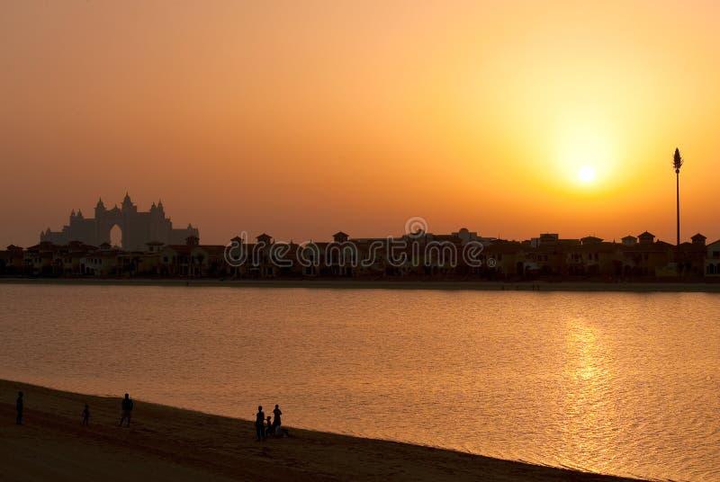 coucher du soleil de l'Atlantide Dubaï photographie stock libre de droits
