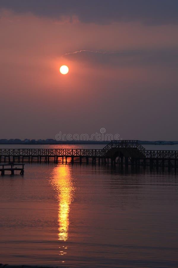 Coucher du soleil de lac Yangcheng image libre de droits