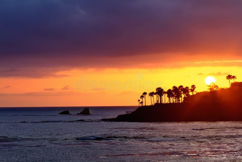 Coucher du soleil de Laguna Beach photos stock