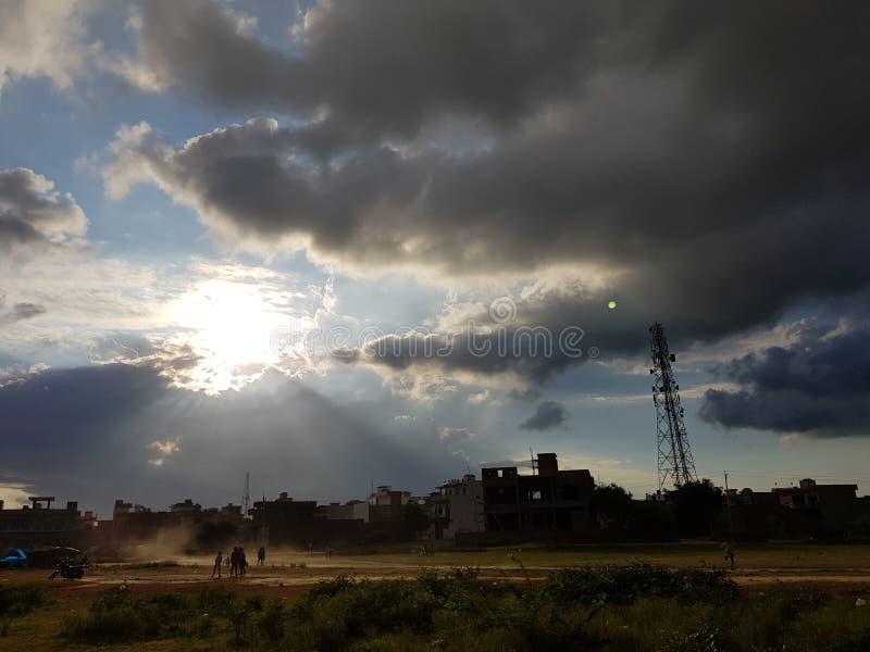 Coucher du soleil de lever de soleil de soleil de beauté de nature photographie stock