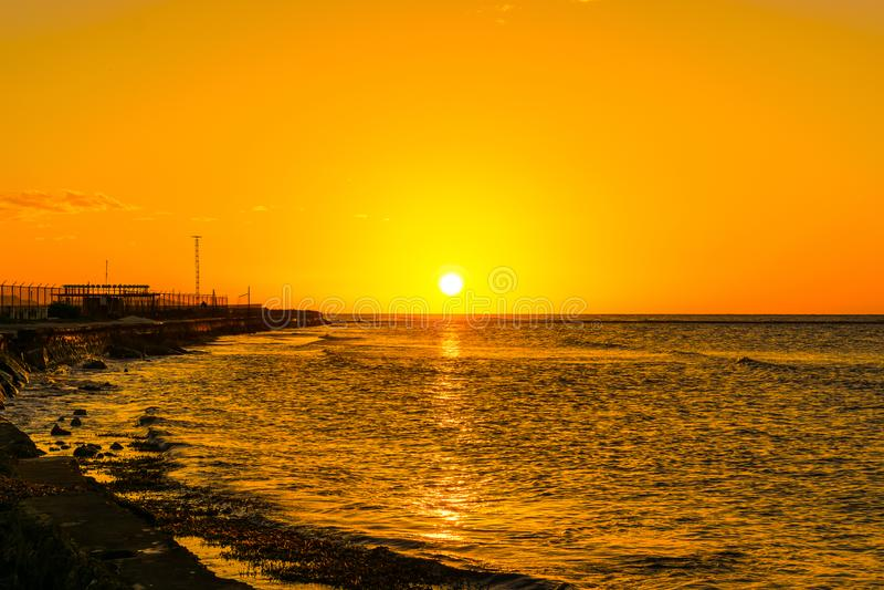 Coucher du soleil de littoral de Montego Bay Jama?que image libre de droits
