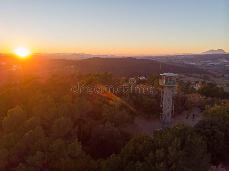 Coucher du soleil de montagne en Catalogne images stock