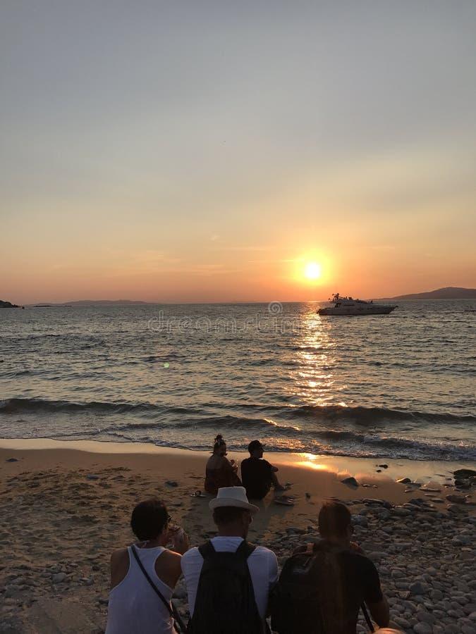 Coucher du soleil de Mykonos photographie stock libre de droits