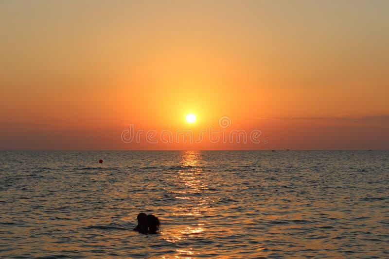 Coucher du soleil de Neos Marmaras images libres de droits