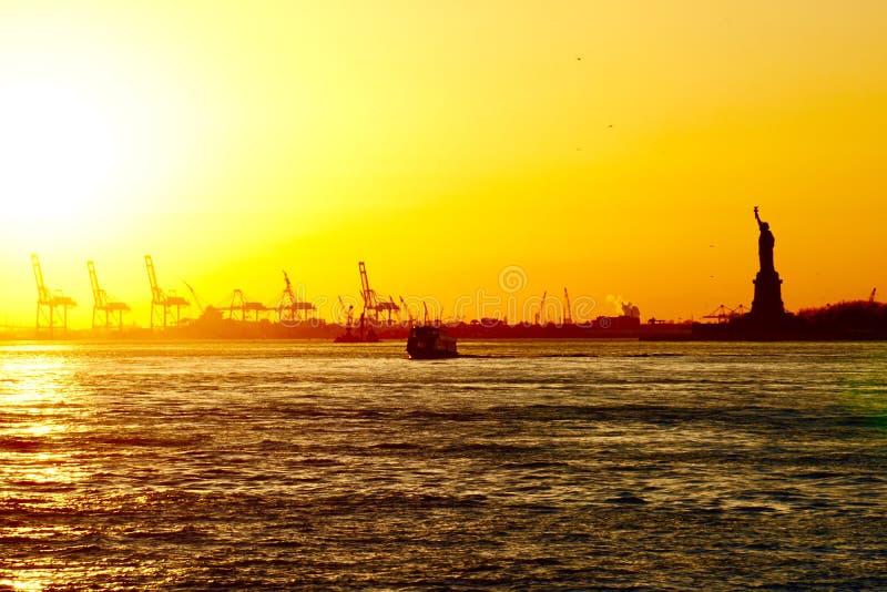 Coucher du soleil de New York images libres de droits