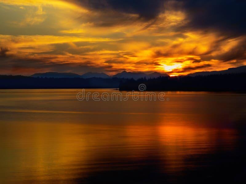 Coucher du soleil de Patricia Bay photographie stock
