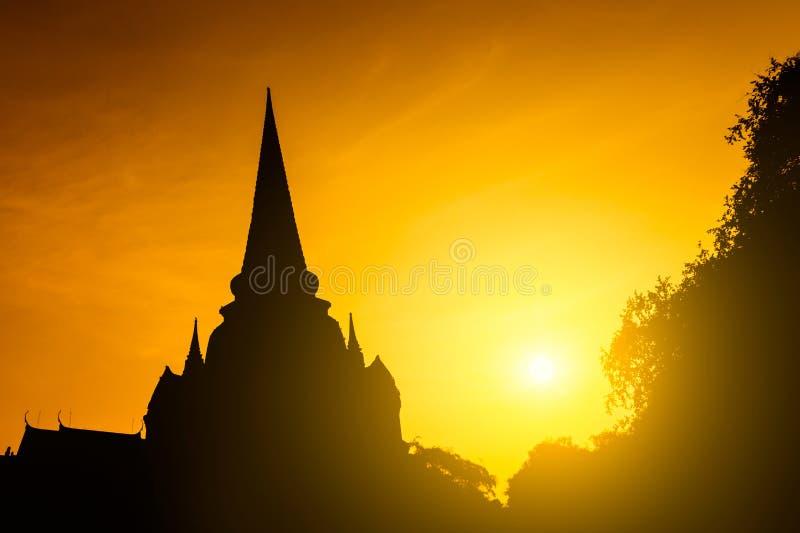 Coucher du soleil de Pgoda de silhouette photos stock