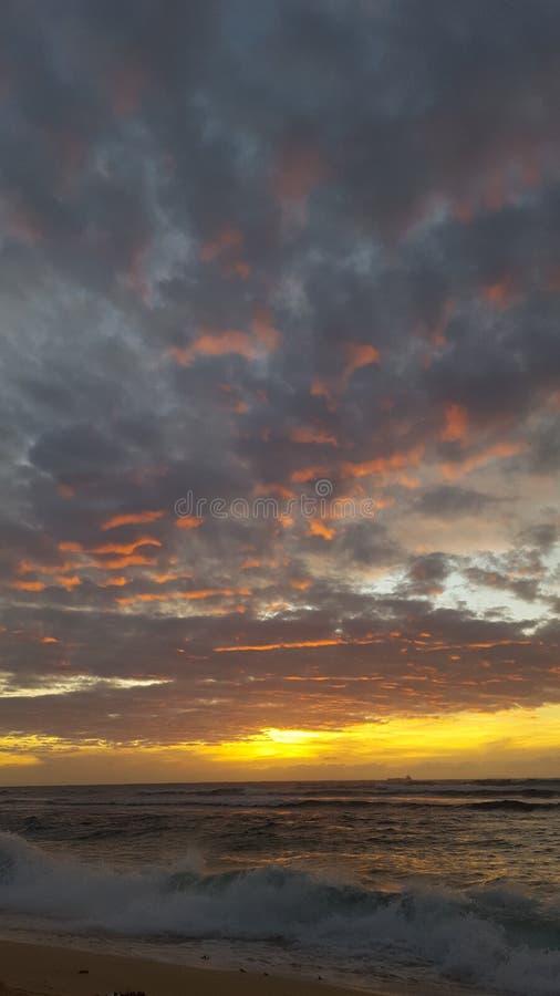 Coucher du soleil de plage de Patar photo libre de droits
