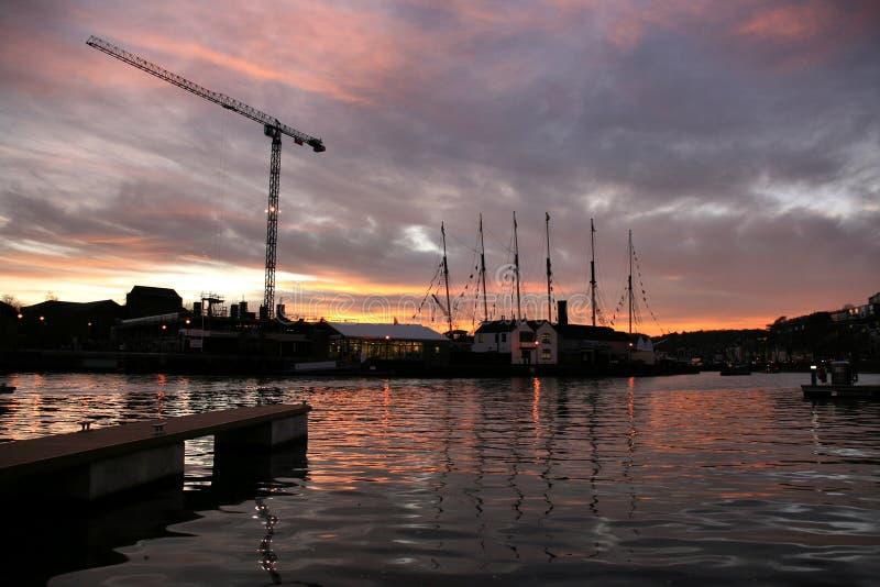 coucher du soleil de port de Bristol image libre de droits