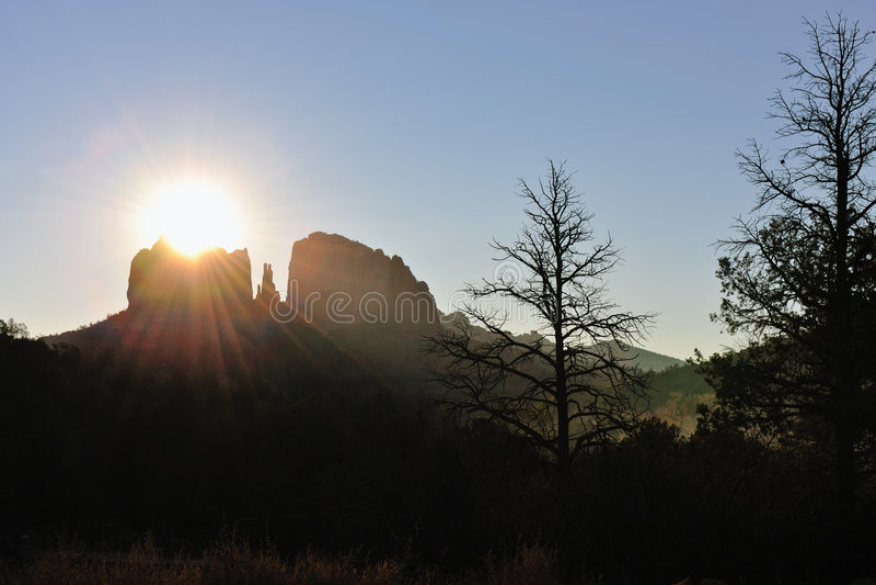 coucher du soleil de roche de cathédrale photos stock