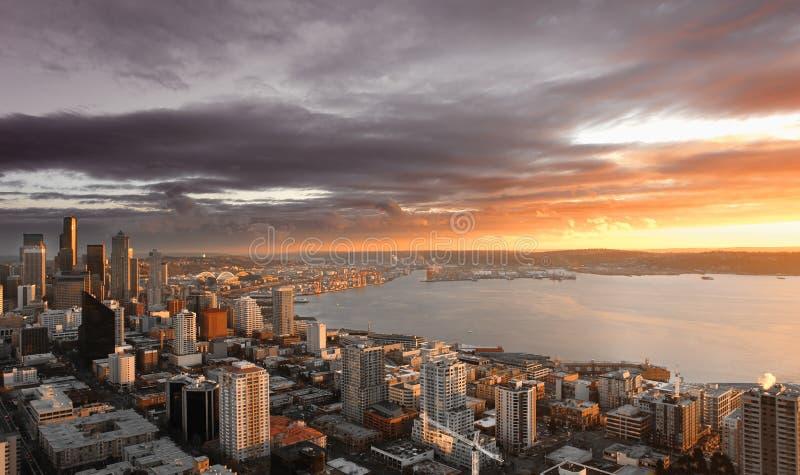 Coucher du soleil de Seattle photographie stock