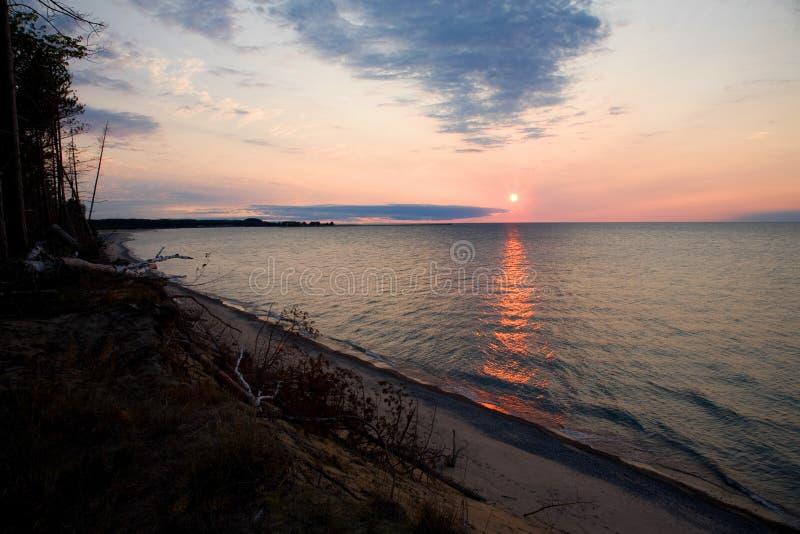 Coucher du soleil de supérieur de lac images stock