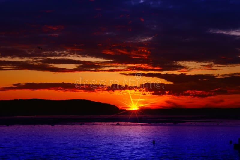 coucher du soleil de tempête photographie stock libre de droits