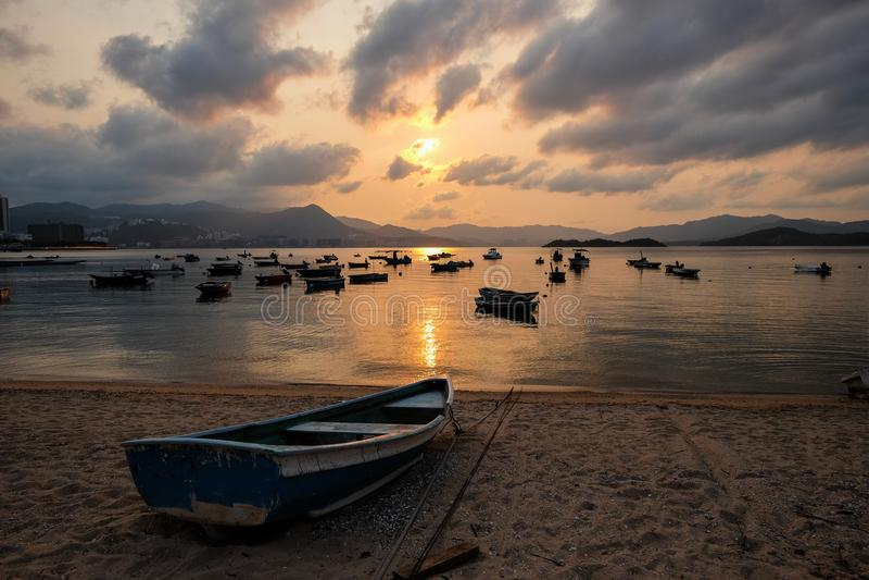 Coucher du soleil de vieux Hong Kong Fishing Port photo stock