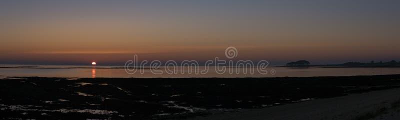 Coucher du soleil en Brittany Morbihan, France images stock