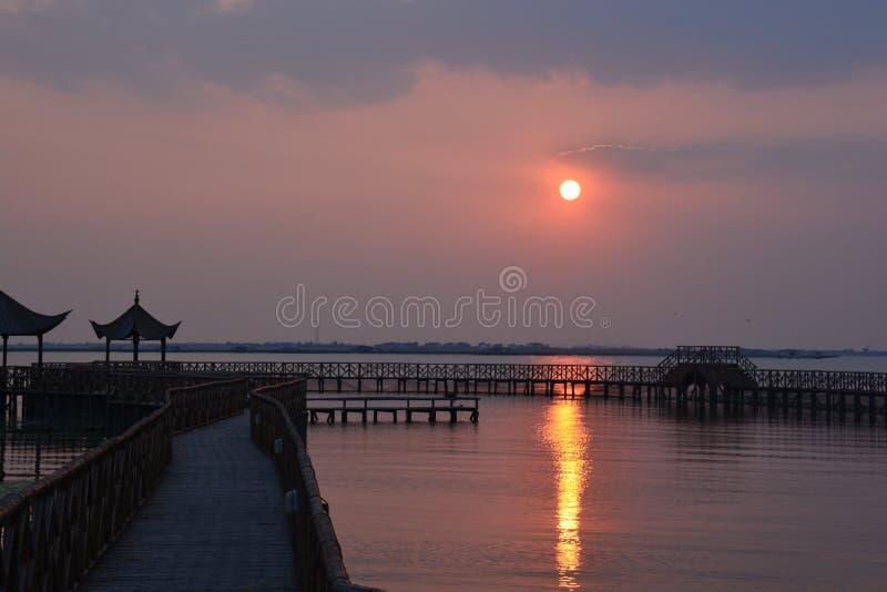 Coucher du soleil en Chine image stock