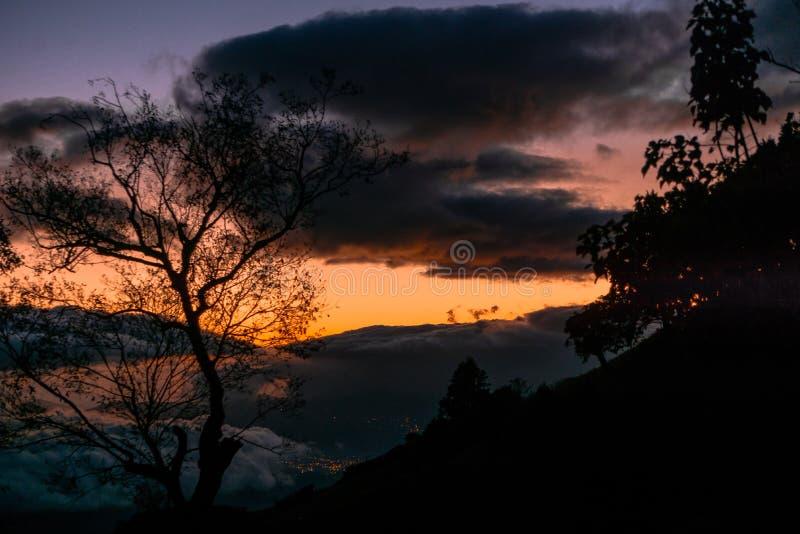 Coucher du soleil en Costa Rica photos libres de droits