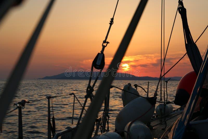 Coucher du soleil en Grèce photo stock