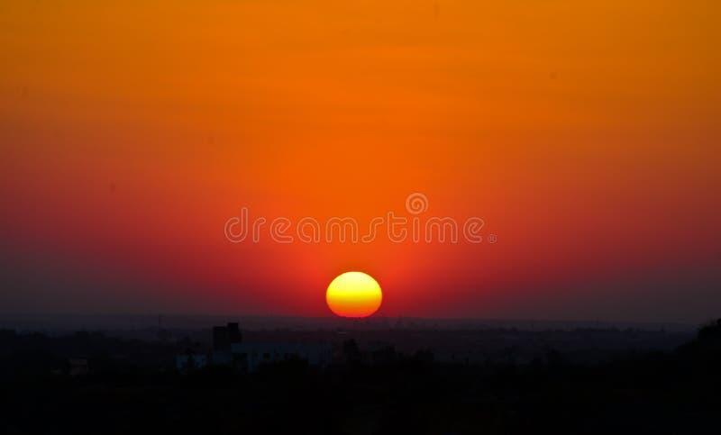 Coucher du soleil en Inde photographie stock