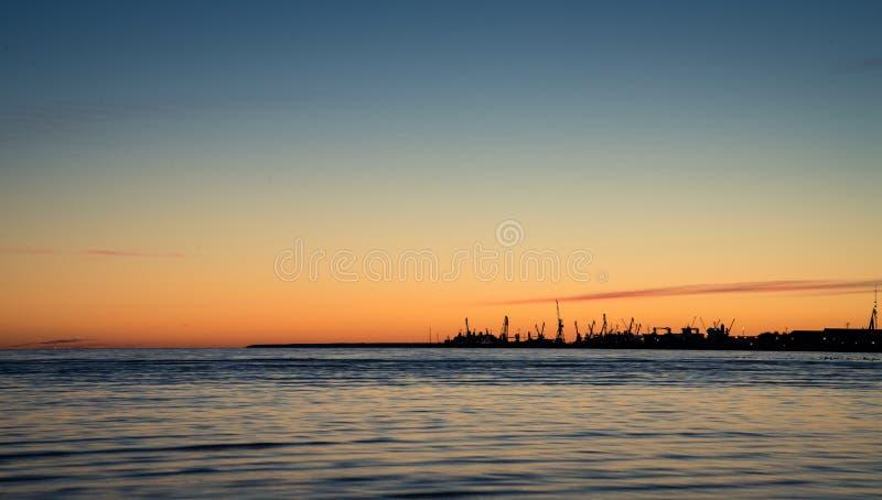 Coucher du soleil en plage de Stroomi photographie stock