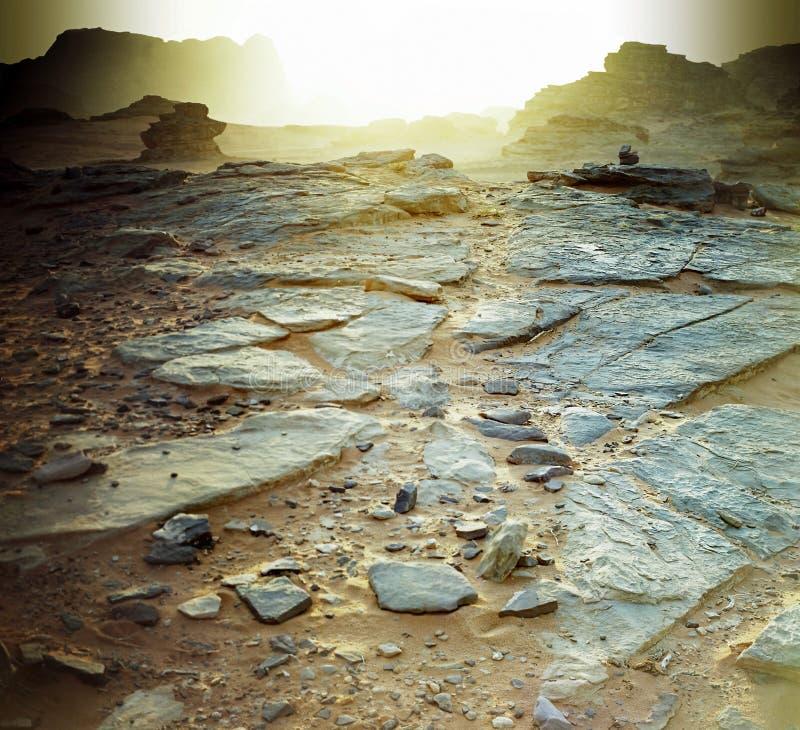Coucher du soleil en rhum d'oued de désert de la Jordanie. photos stock