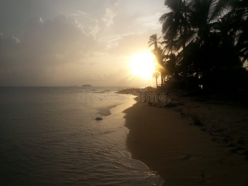 Coucher du soleil en San Blas Panama photos libres de droits